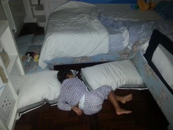 Dolor de pierna de niño de 3 años por la noche